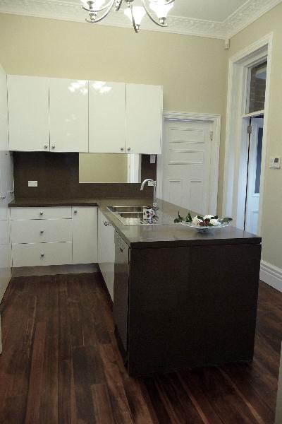 Kitchen 280