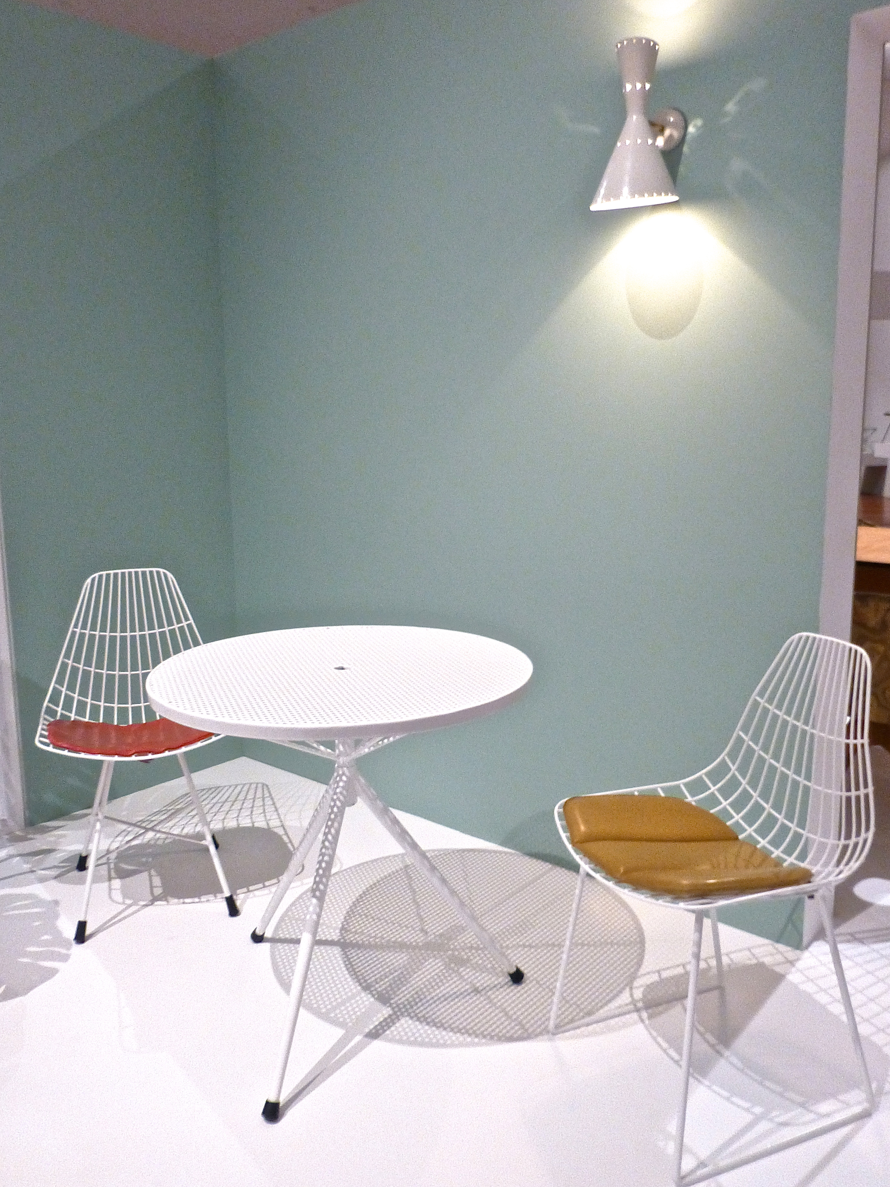 H-Flex Chair by Michael Hirst, 1960. Outdoor Table by Michael Hirst, 1958. Beco Lamp by Don Brown, mid 1950s.