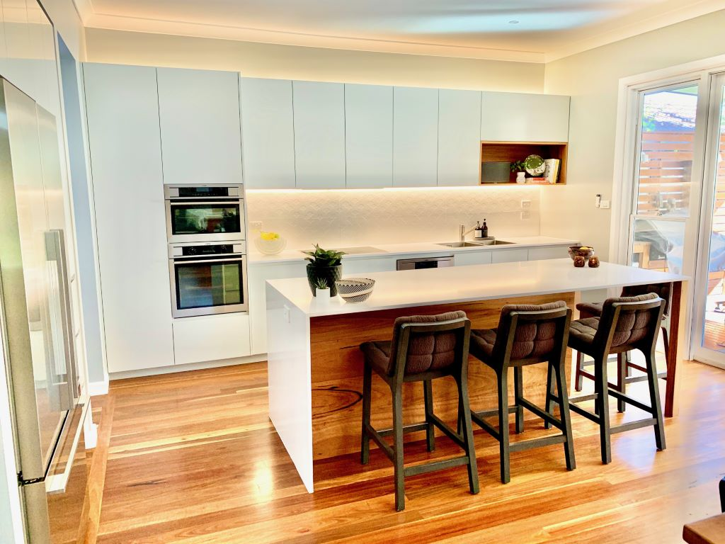 Contemporary Light Grey Kitchen with Timber Features
